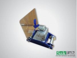 מכשיר לניקוי מבחנות חשמלי